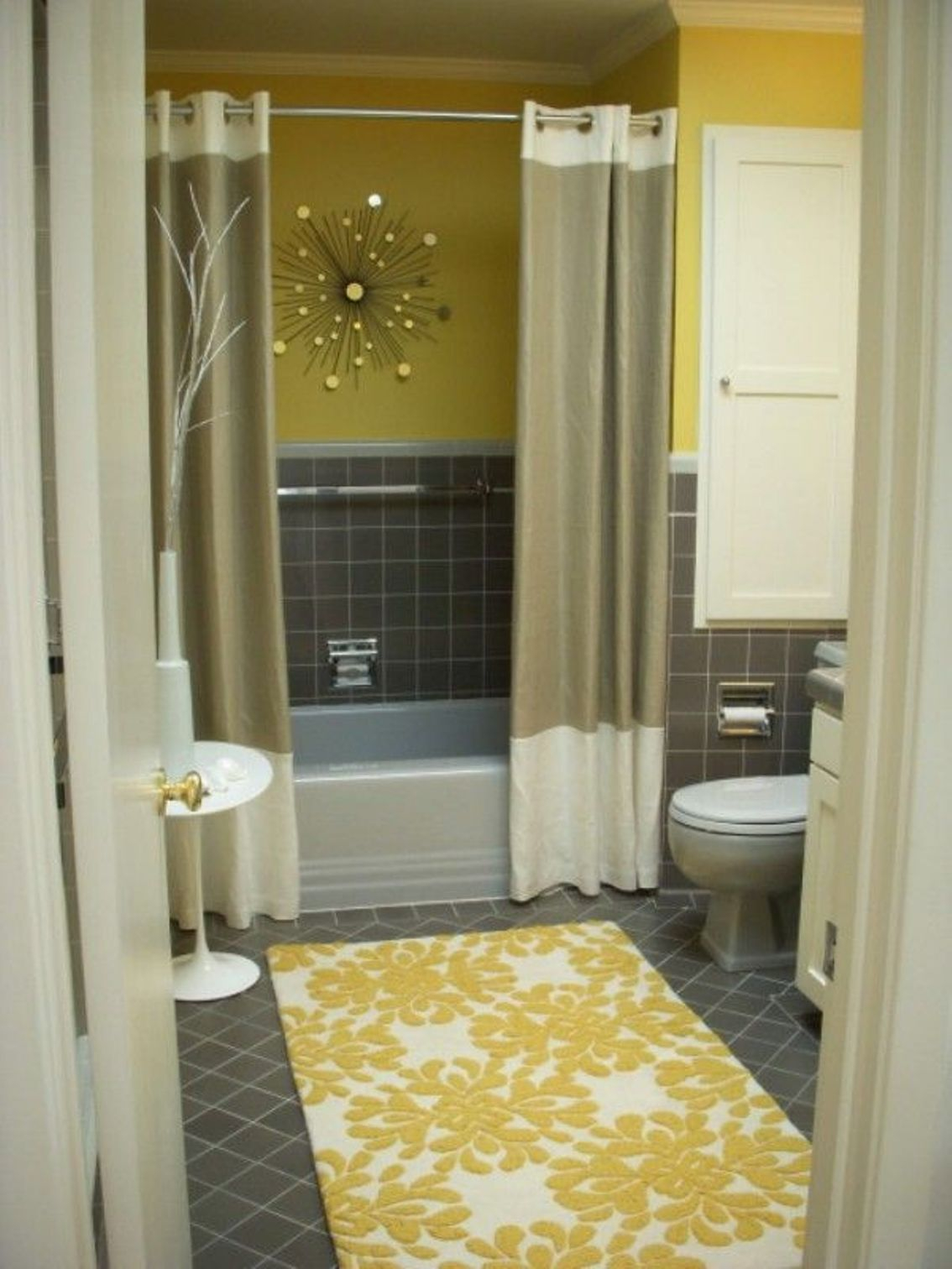 Pictures Of Small Bathrooms With Shower Curtains • Shower Curtains ...