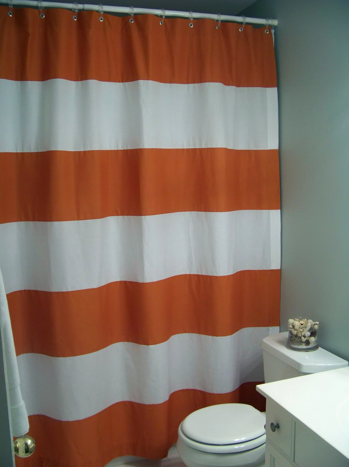 Awesome Red Striped Shower Curtain Ornament - Luxurious Bathtub ...