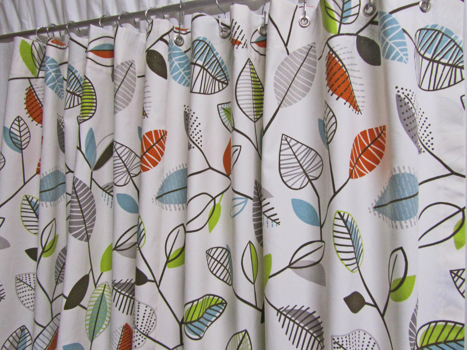 Ikea Strandkrypa Fabric Shower Curtain Botanical Garden Print Floral Plants Flowers White