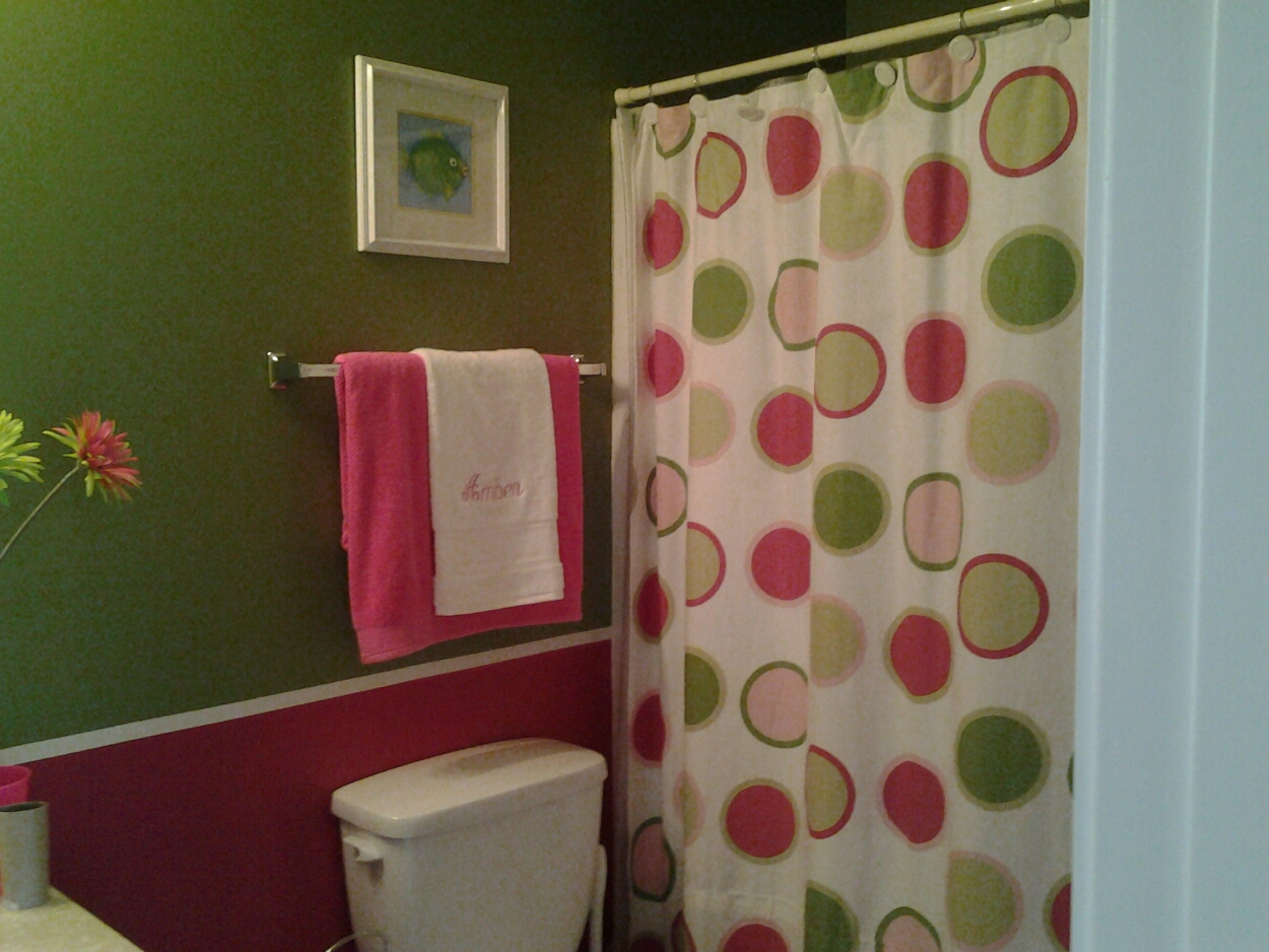 The Pink And Green Bathroom Song That Doesnt End In Proportions 1250 X 938
