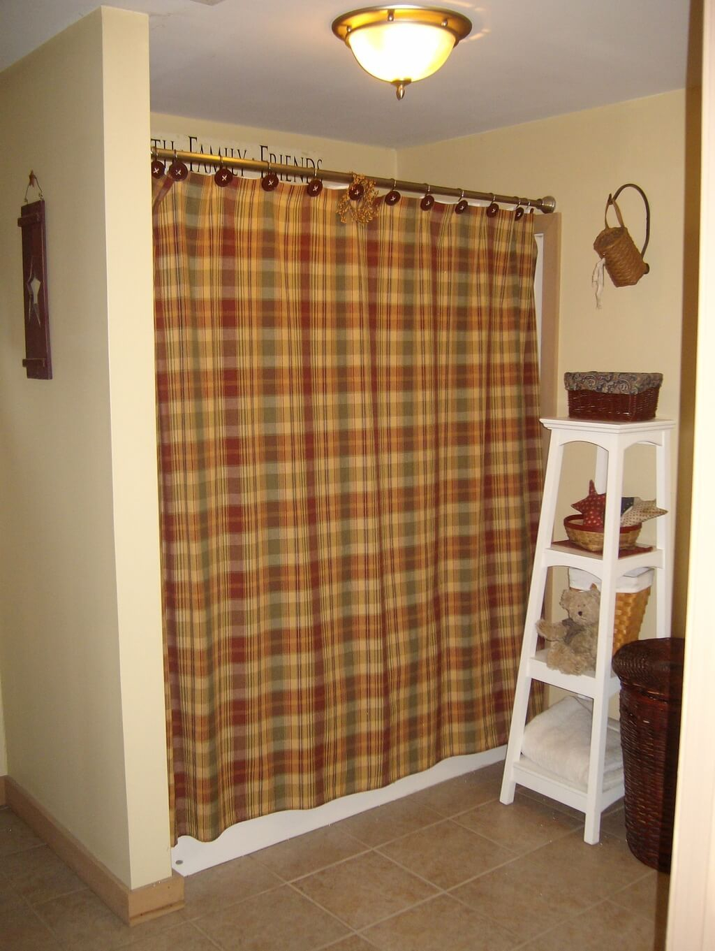 Bathroom Enchanting Country Decor With Old Gallery Curtain For regarding size 1024 X 1361